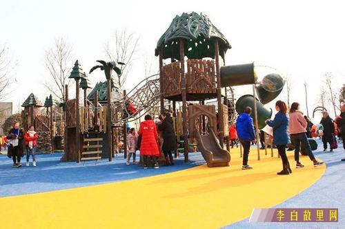 明月岛儿童乐园.jpg