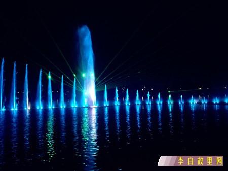 江油三桥喷泉.jpg